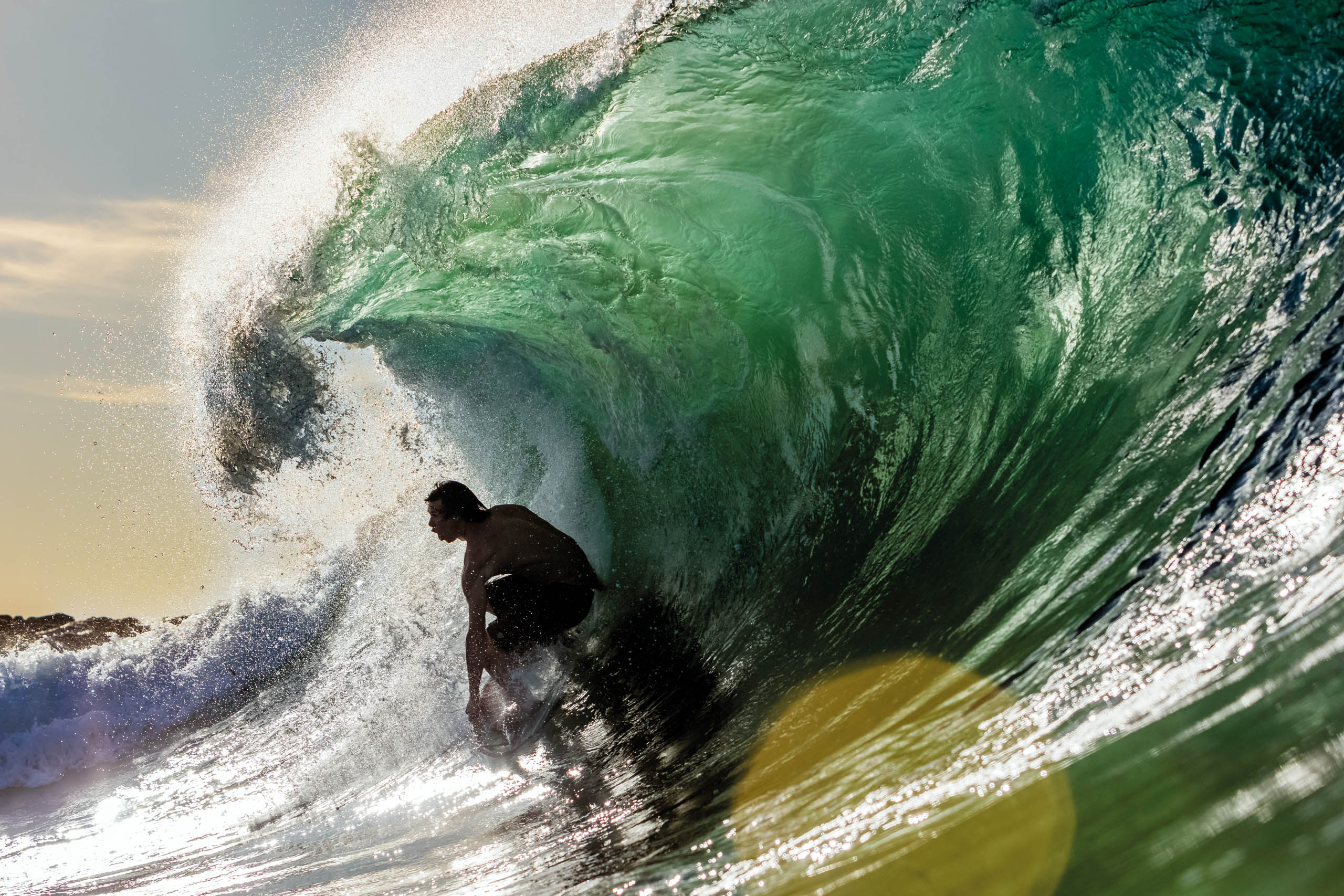 (Pictured) Brad Domke delivers his mute message at Wedge (Photo by Larry Beard)